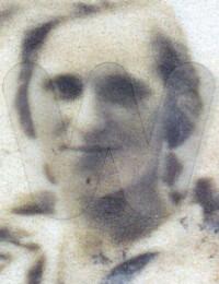 Augusta Wenth geb. 1908 aufgenommen 1925